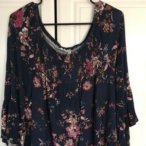 Women's floral blouse w/edging navy blue XXL